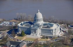 250px-AP_of_Missouri_State_Capitol_Building[1]